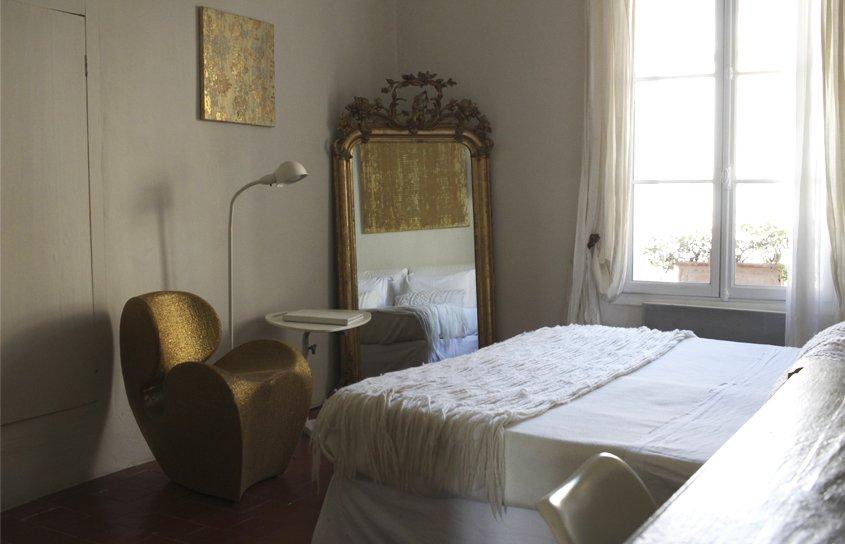 detalles de habitación de hotel